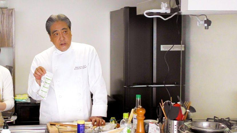昆布水とケチャップで作る簡単エビチリのレシピと作り方:ムッシュ高木シェフ