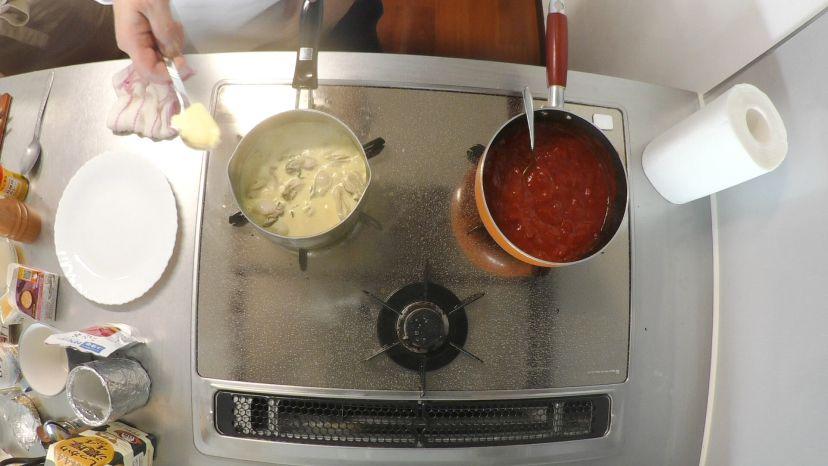 冷凍カキで作る簡単フランス風カレースープ:バターを入れます